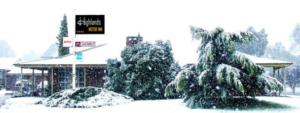 Highlands Motor Inn - Accommodation located in Oberon-NSW - snow 1