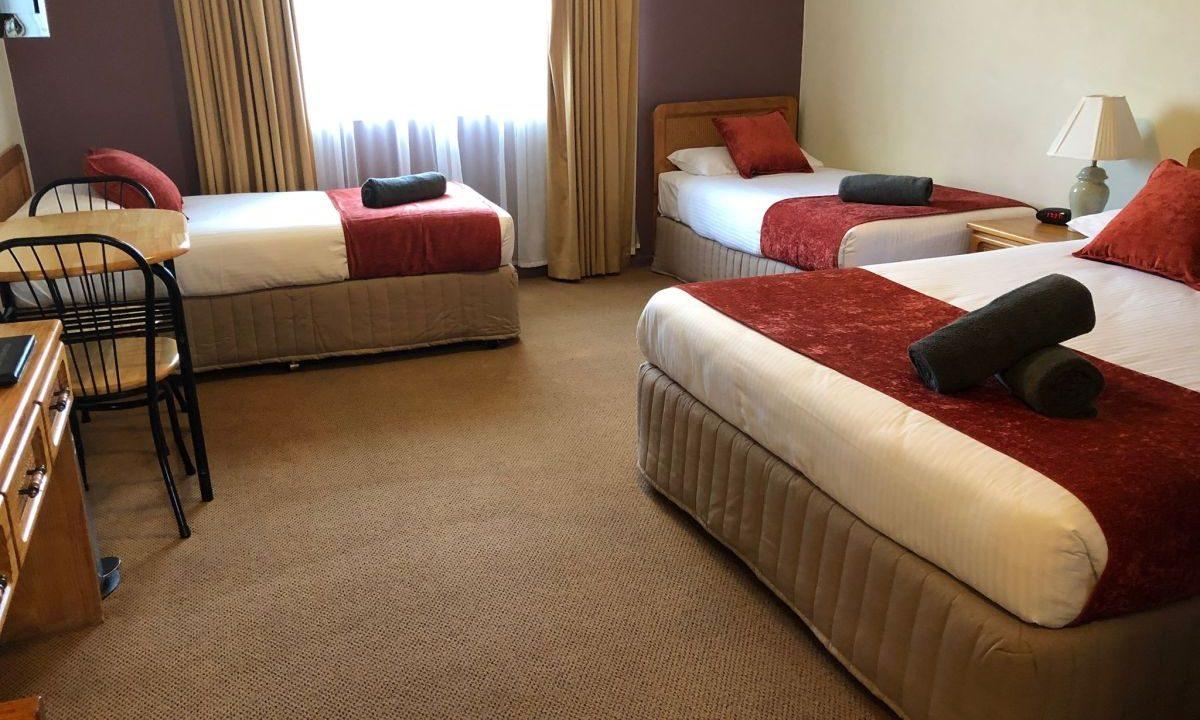 family_room2_1200-1200x720