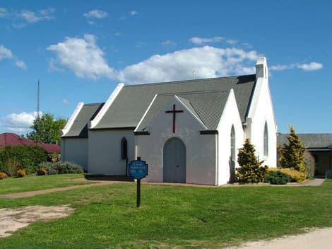 st barnabas anglican attraction near highlands motor inn - oberon - nsw 1